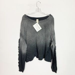 Free People | stone wash pullover sweatshirt M
